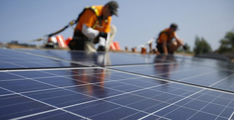 Negara-negara terkemuka dunia dalam pemanfaatan panel surya