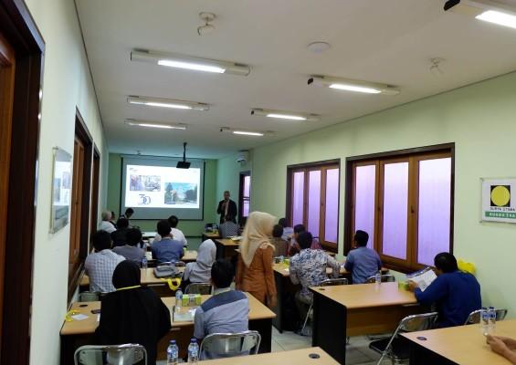 ruang_training_4