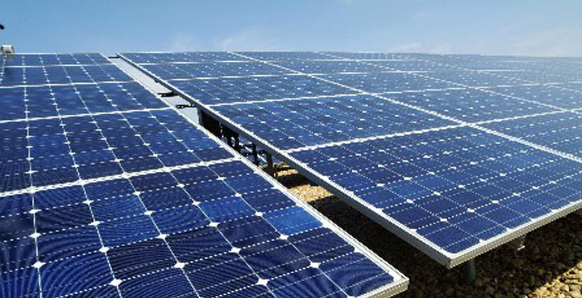 Panel Surya Teknologi Ramah Lingkungan